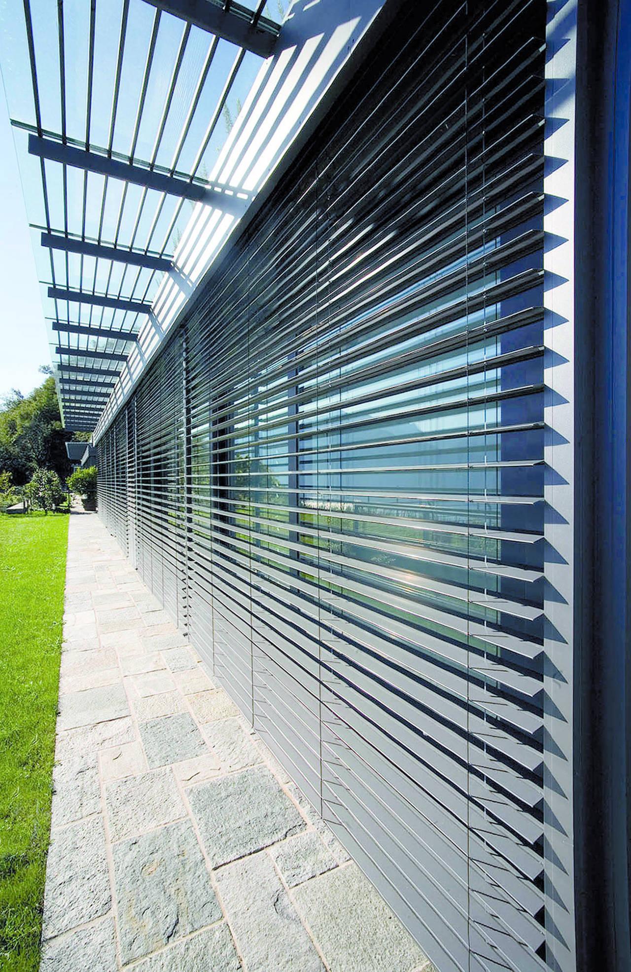 Monoblocco presystem frangisole di alpac - Frangisole esterni per finestre ...