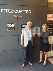 """Consegna del premio """"Company to Watch"""" da Cerved, all'amministratore delegato di Effebiquattro, Mario Barzaghi."""