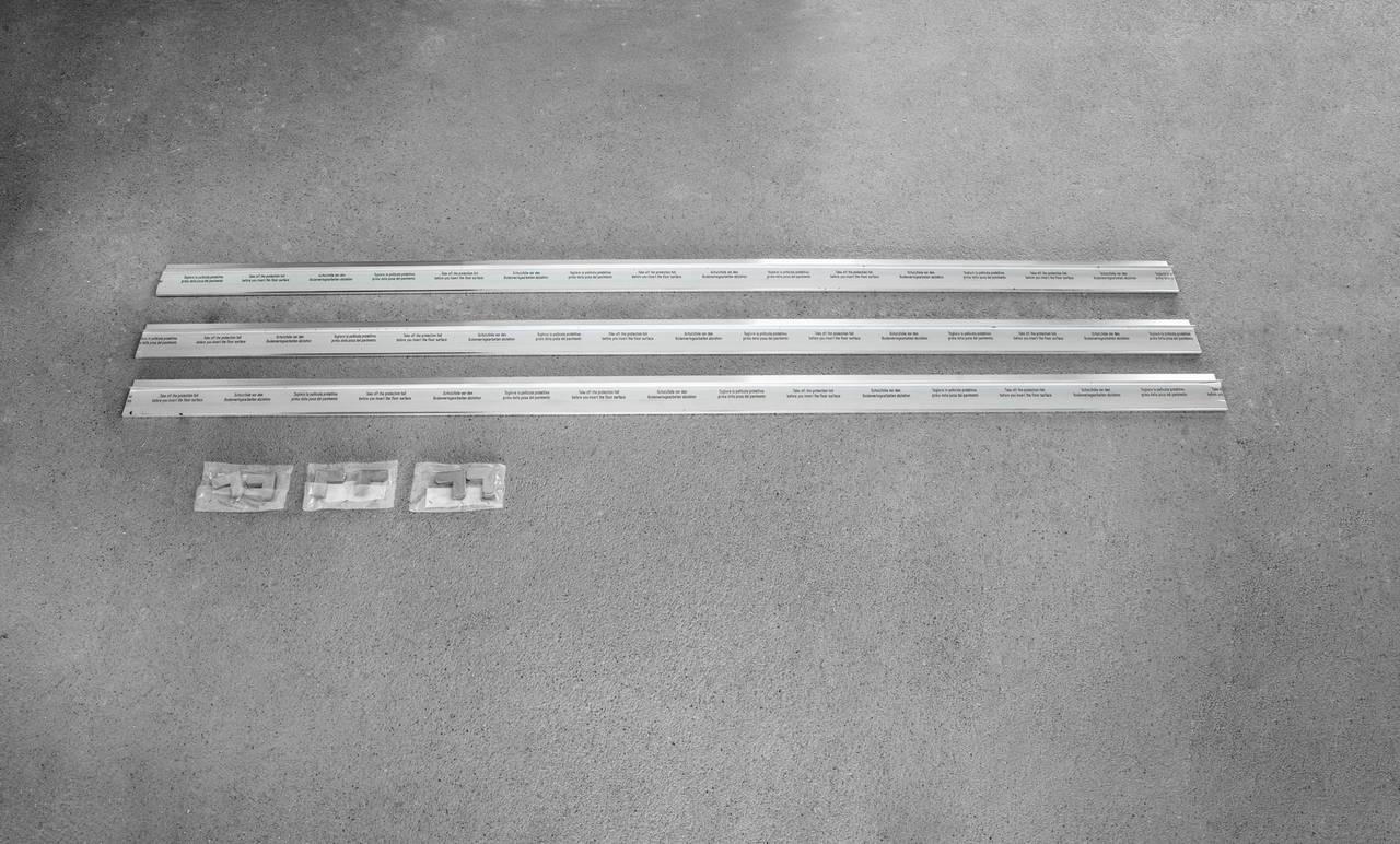 Montaggio Porta Filo Muro Cartongesso il battiscopa syntesis® di eclisse si confonde con le pareti