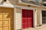 Design, tecnologia e sostenibilità ambientale per i portoni garage