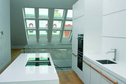 Fakro presenta la nuova finestra FTU-V: contemporanea ed essenziale