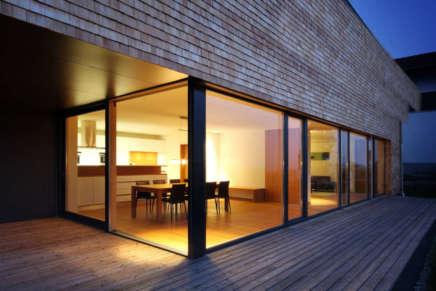 Grandi vetrate: architetture trasparenti per risaltare gli ambienti
